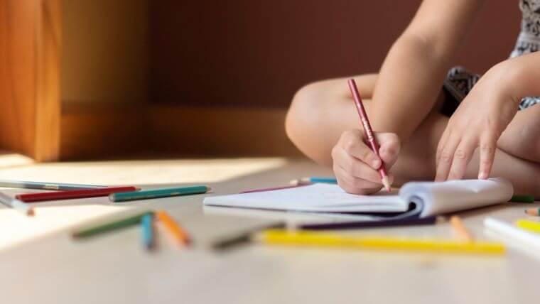 漢字が苦手だと学校の成績に大きく影響する